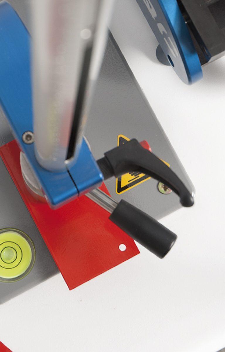 Pintura-Industrial-Mestres-laboratorio-1200x800px